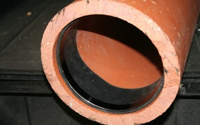 Hydrophilic End Seal Provides Watertight Connection