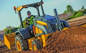 John Deere L-Series tractor loaders
