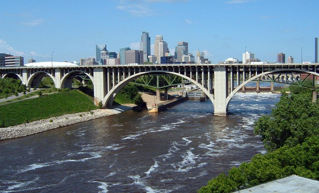 Minneapolis Tackles Tunnel Project to Reroute Water Main Under Mississippi