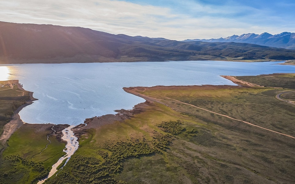 Comparison of Continental Hydrological Models Helps Improve Water Management