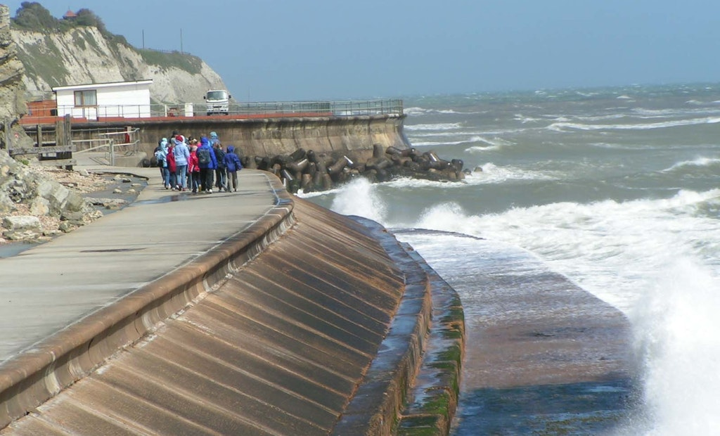Coastal Communities Facing Over $400 Billion in Seawall Costs by 2040