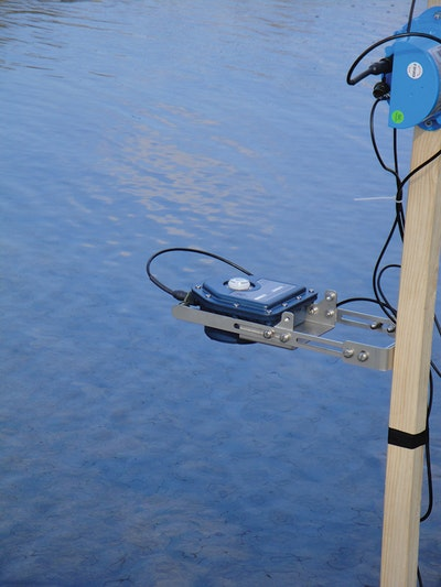 Ultrasonic level and flow sensor offers long-life remote monitoring
