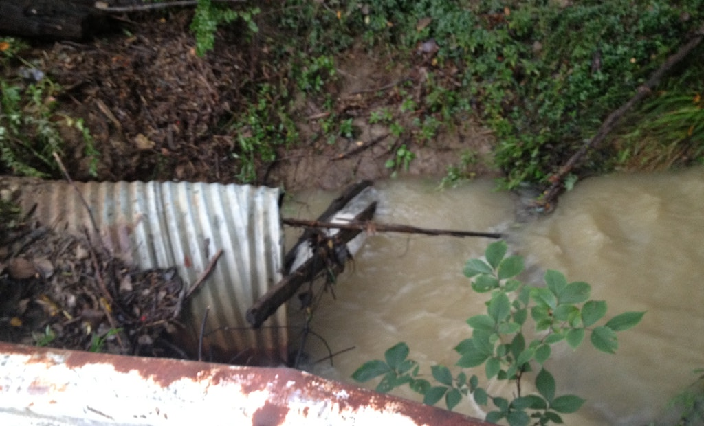 Ohio teen tumbles into storm sewer