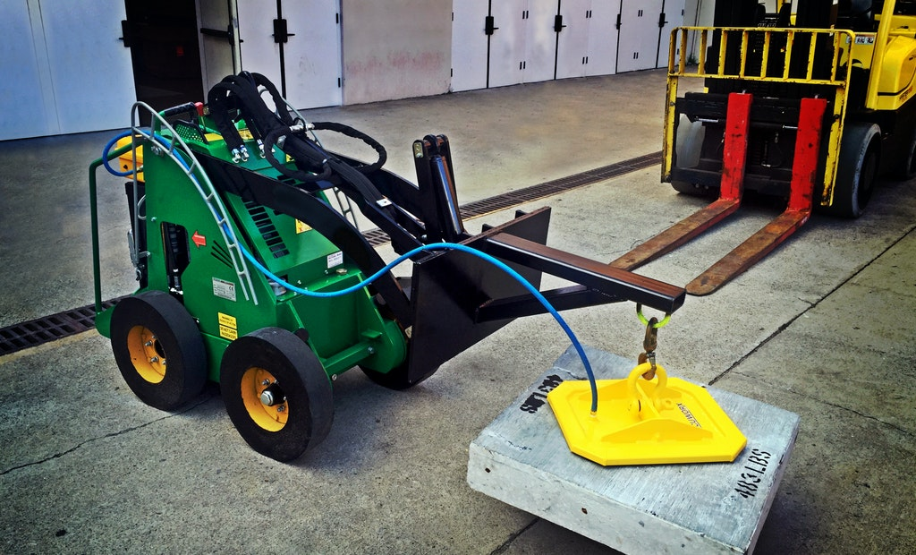 Vacuworx Introduces Portable Vacuum Lifting System