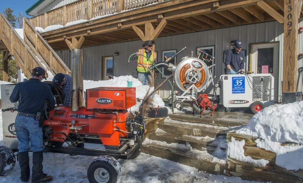 Executing Pipe Lining Jobs in the Winter