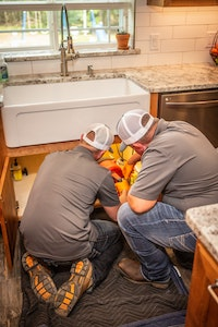 A Contractor's Favorite Moneymaker Cleans Drains Quickly and Neatly