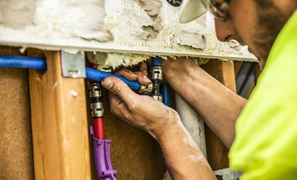 Push-Fit PEX Speeds Up Repipe Job at Apartment Complexes