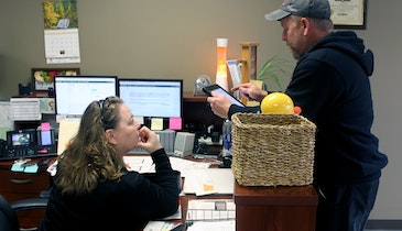 Fostering a Good Relationship Between Office and Field Staff
