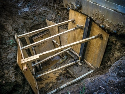 Poor Shoring Offers Little Protection from Cave-Ins