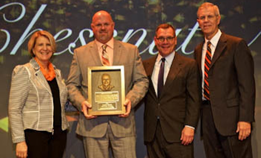 Plumber Industry News: Ditch Witch Presents Excellence Awards