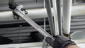 Rehabilitation - Milwaukee Tool 10L pipe wrench