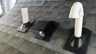 Contractor Finds Easier, Safer Way to Install Roof Flashing
