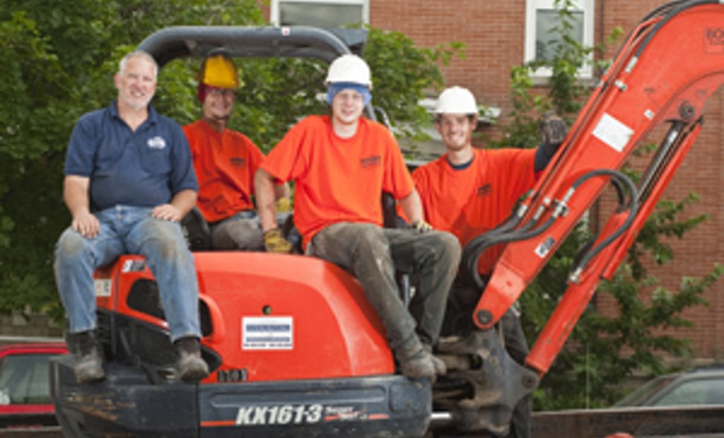 Break-Out Pipe Bursting Company Stakes its Turf on Specialty Services