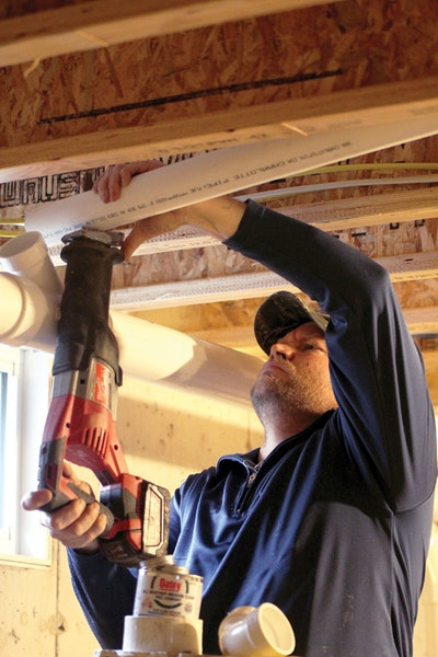Plumbing Contractor Expects Technicians to Educate Customers