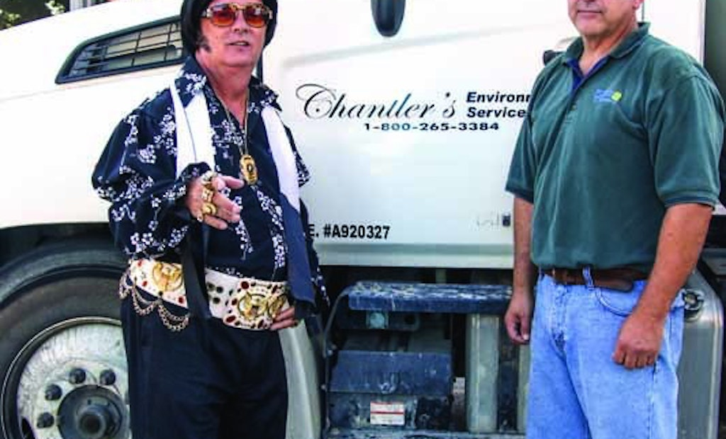 30,000 Spectators, 100 Elvis Tribute Artists, and One PRO