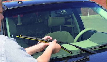 Follow These Tips to Keep Your Windshield Clean