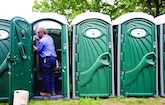 Best Portable Sanitation Service Tips for Working a Food and Beer Festival