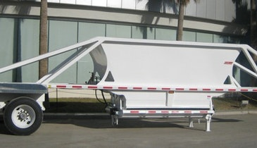 Ervin Equipment responds to oil boom with more new, used bottom-dump trailers