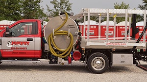 Service Vehicles - Imperial Industries 700-gallon aluminum sidewinder