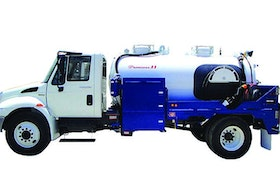 Service Vehicles/Tanks/Tank Cleaning - Portable restroom service truck