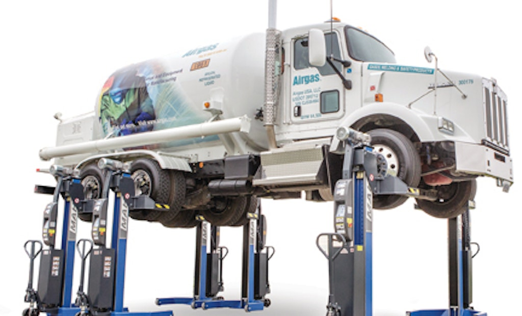 Wireless Mobile Column Lifts Expand Tire Profiles and Enhance Safety