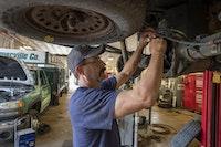 Maintenance Tips to Keep Your Vehicle Fleet Running