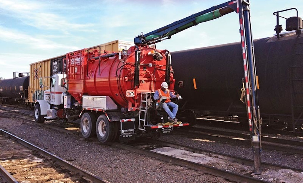 Camera System Removes Blind Spots When Operating Vacuum Loader In Rail Switchyards