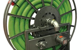 Alternative vacuum hose storage