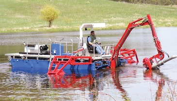 No Crane Needed: Self-Propelled Amphibious Dredge Cleans Ponds and Canals