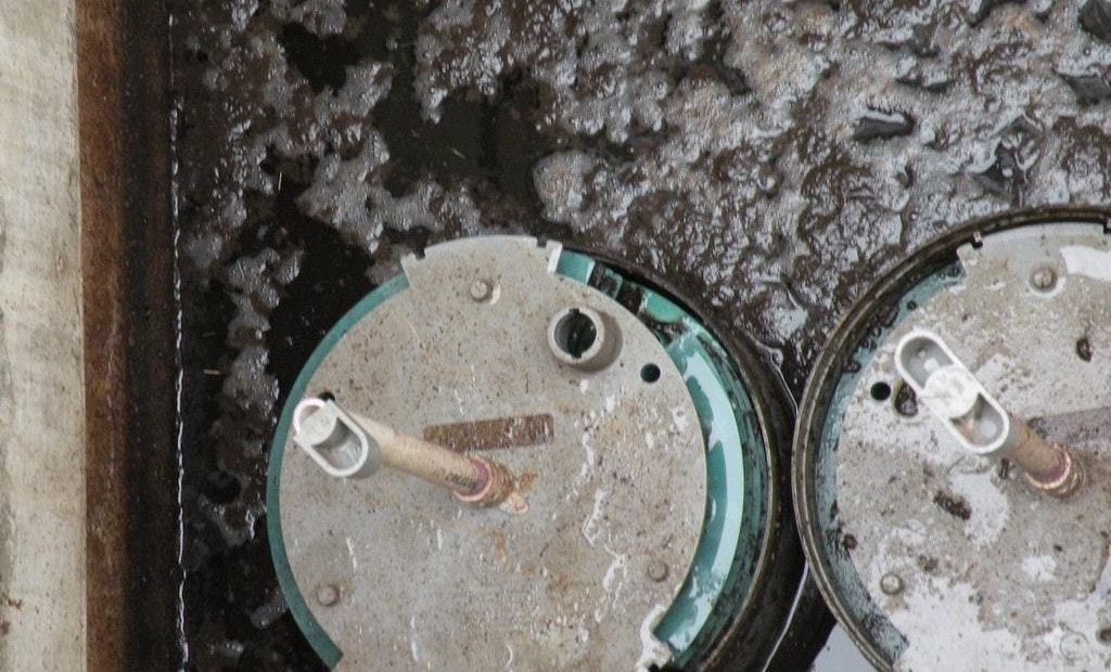 Should You be Concerned if a Septic System has No Scum Layer?