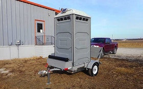 Tow-Let flushing trailer