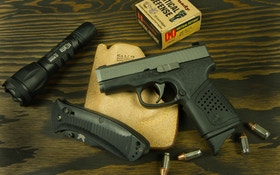 We review the Kahr CT380