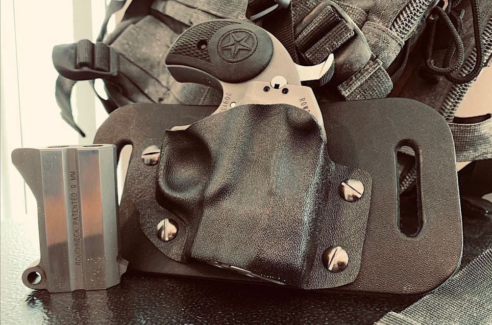 Kinetic Concealment Bond Arms Rowdy Derringer Holster