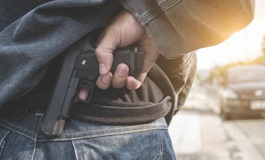 Armed Citizens Shoot, Kill Crazed Gunman Outside Restaurant