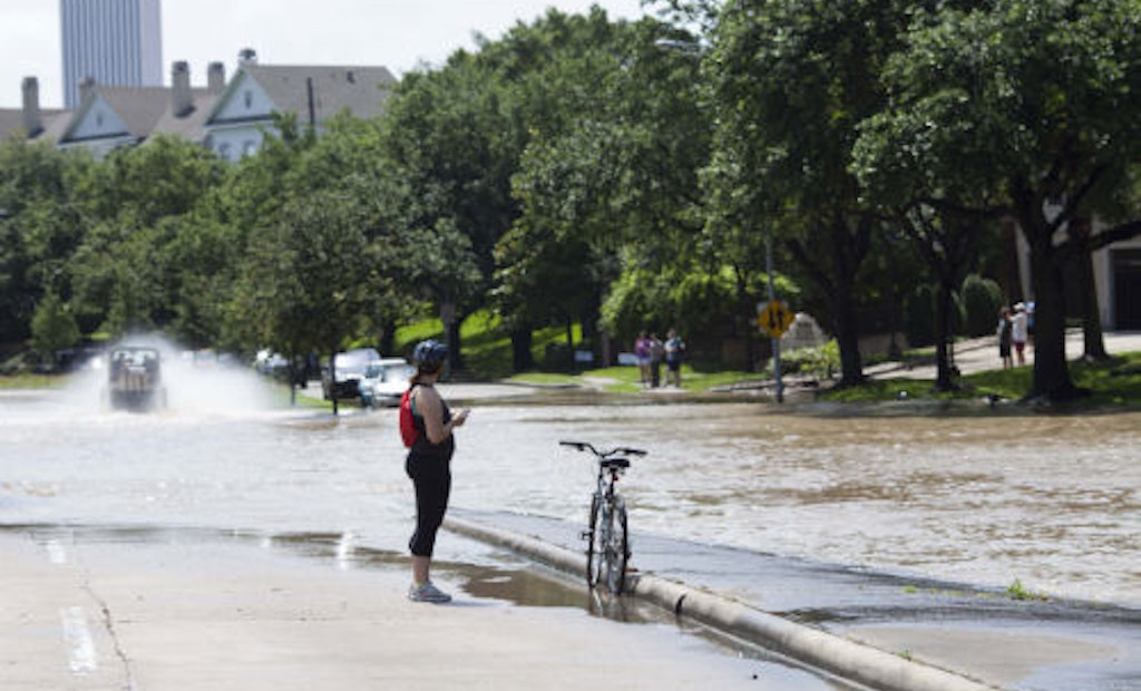 10 Images From Flood-Weary Houston
