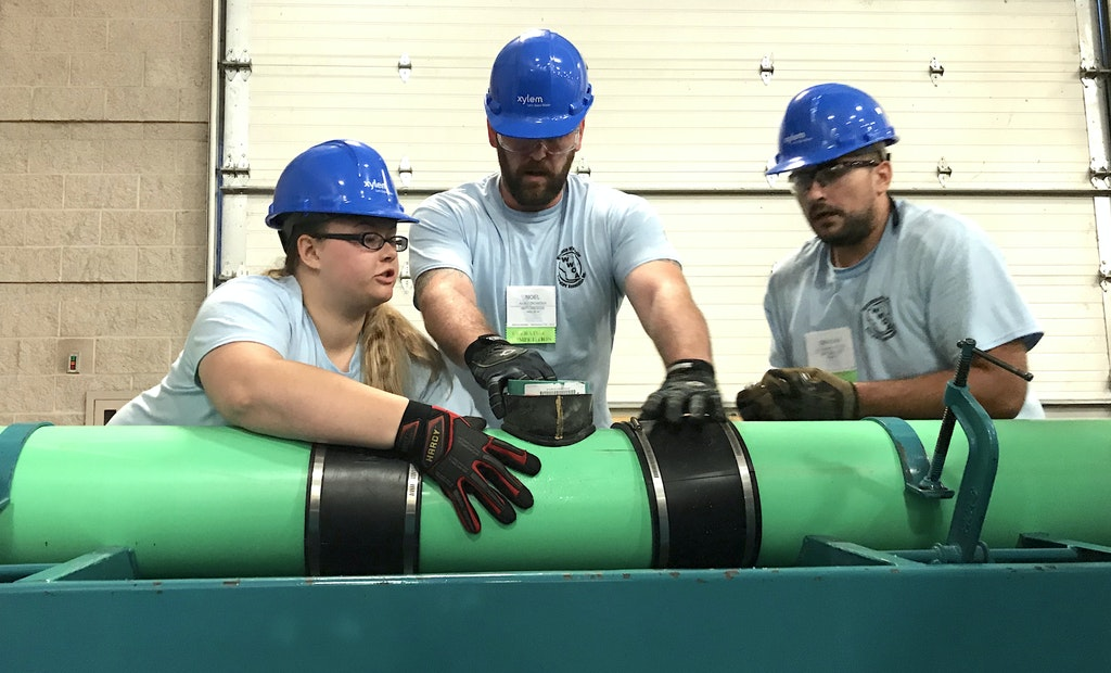 Student Team Competes at Wisconsin Wastewater Operators' Association Competition