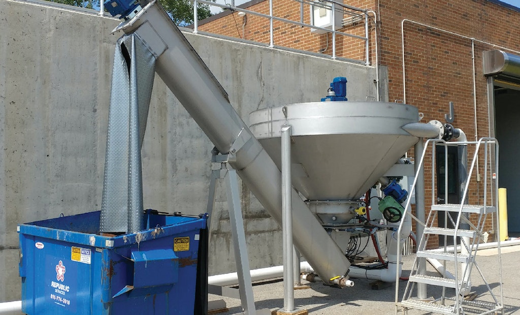 Producing drier grit