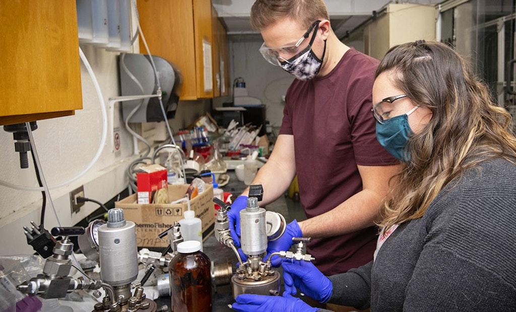 Researchers Working to Turn Sludge Into Renewable Energy